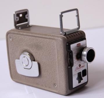 Caméra 8 mm Kodak Brownie © Mémoire, Ciclic